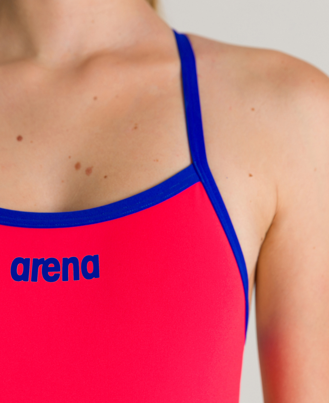 Arena Solid Lightech Jr. Fluo Red
